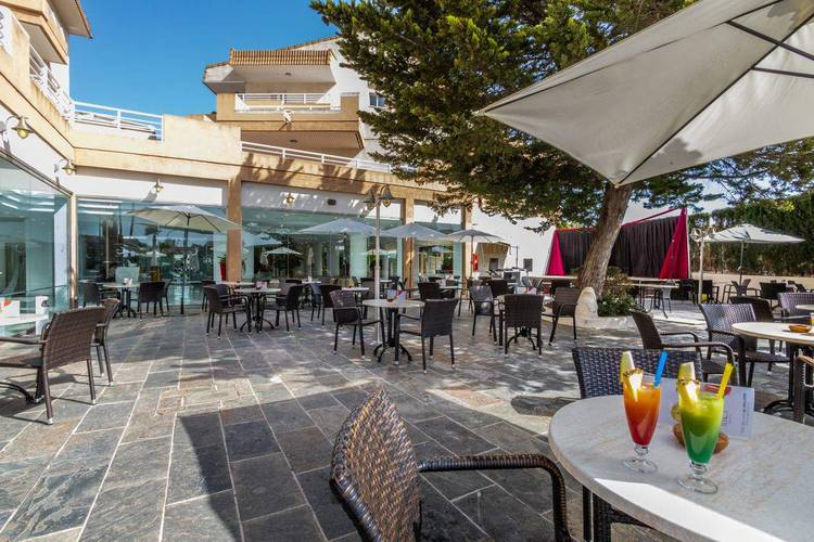 Bar illot suites & spa hotel cala ratjada